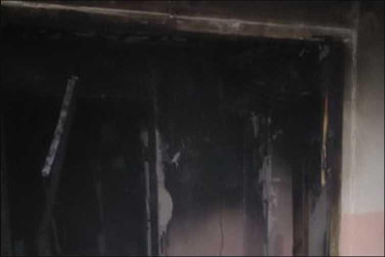 В жилом доме вспыхнул пожар: погибла женщина, фото с места происшествия