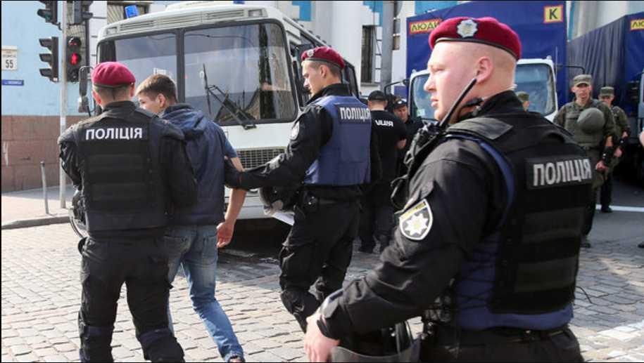 «Превысили служебные полномочий»: Во Львове выбирают меру пресечения патрульным, что подозреваютса в убийстве