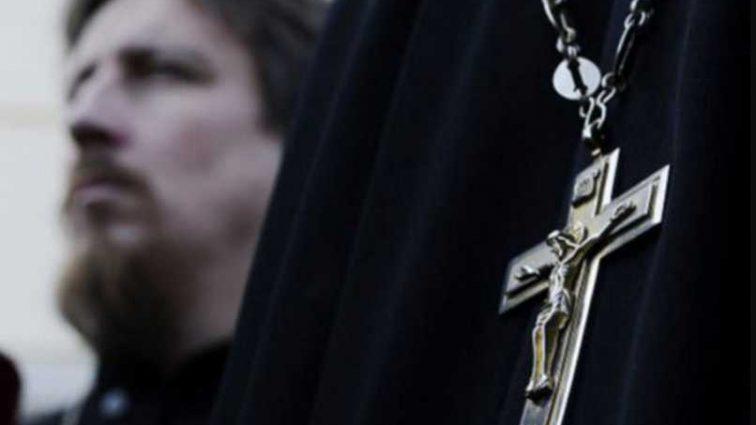 «Спаивают детей»: Московский патриархат «влип» в новый громкий скандал
