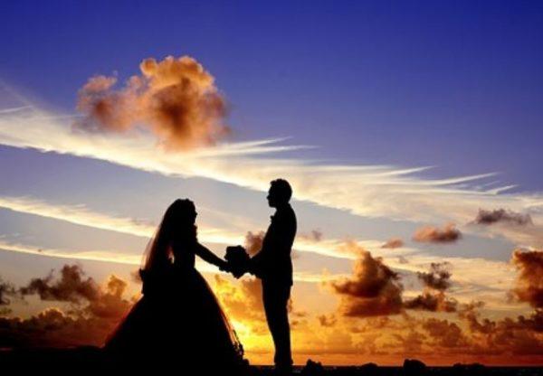 Так долго ждала этого дня: За несколько минут до свадьбы трагически умерла невеста