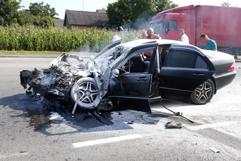 «Не справился с управлением»: Во Львовской области в ДТП попал автобус с 44 туристами