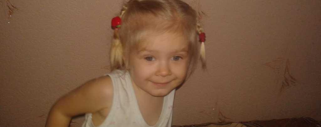 Ребенок родился с больными глазами: на вашу помощь надеется маленькая Кристина