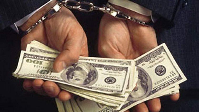 Требовал полмиллиона: На взятке задержали влиятельного чиновника