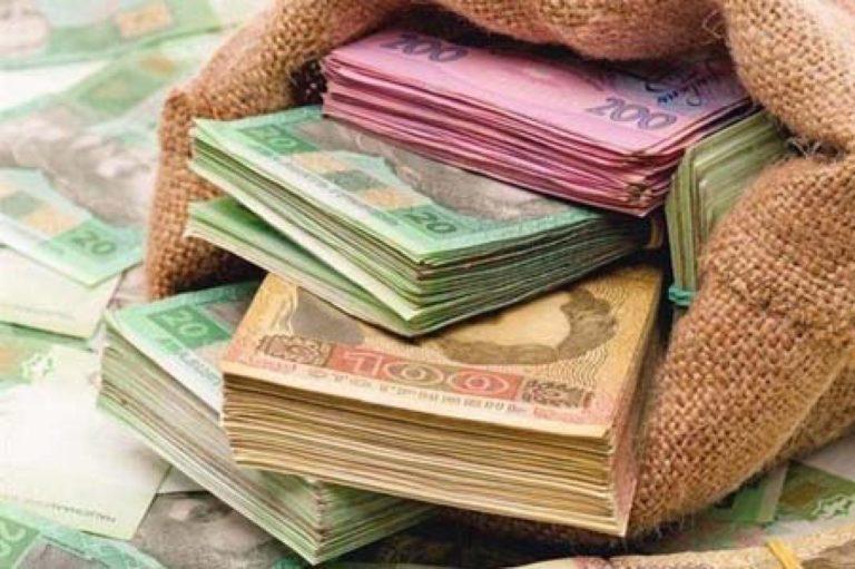Последствия «улучшение» в Украине: Каждый гражданин должен по 1800 долларов
