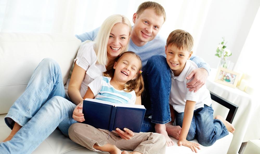 Новый закон позволит родителям раньше заканчивать рабочий день: что нужно знать украинцам