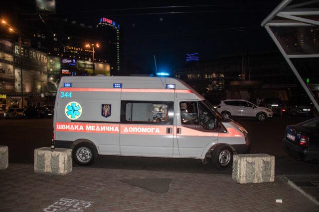 «Горе, которое невозможно пережить»: В киевском метро девушка бросилась под поезд