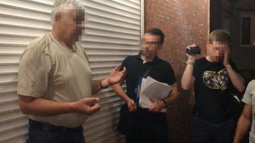 В Черкассах на горячем поймали влиятельного чиновника