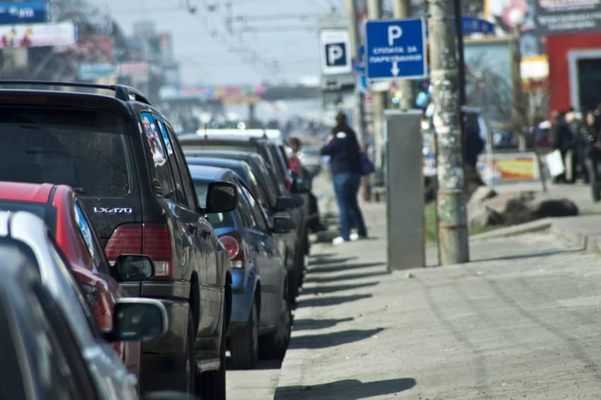 Новые правила парковки для украинцев: когда заработают и как накажут водителей