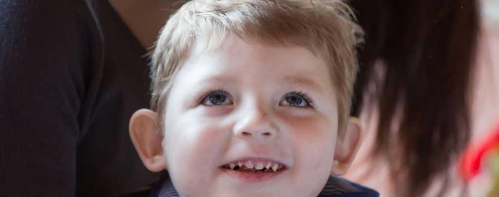 Тяжелая болезнь не дает мальчику покоя с первых дней его жизни: Тимофей нуждается в вашей помощи