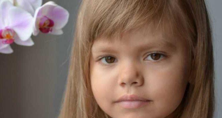 «5-летняя София должно пройти уже совсем недетское испытание»: Девочка нуждается в вашей помощи