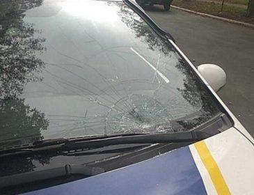 Прокатила на лобовом стекле: в Украине полицейская сбила женщину на переходе