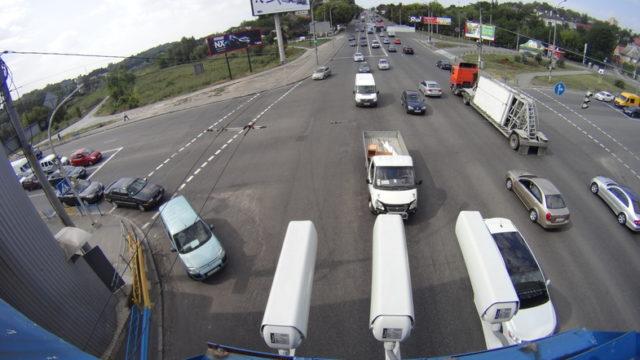 Штрафы для избранных: В Киеве появятся видеокамеры, которые будут следить за нарушителями ПДД