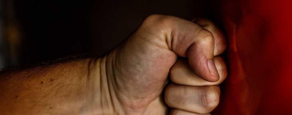 Убивал и издевался: на Прикарпатье начальник забил до смерти подопечного