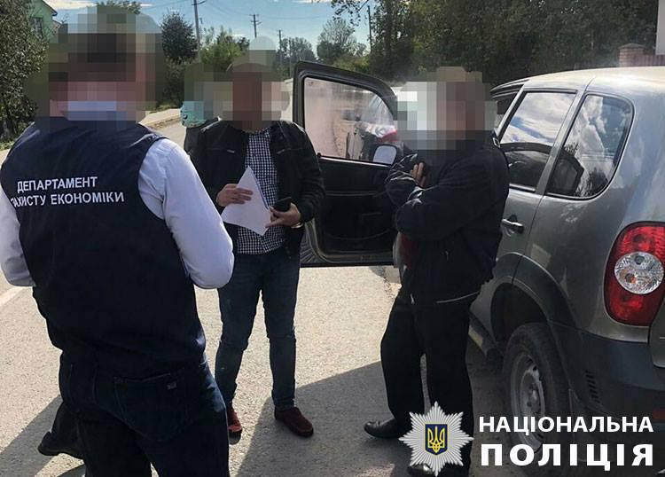 На Львовщине заместителя мэра задержали на взятке в 20 тыс. грн