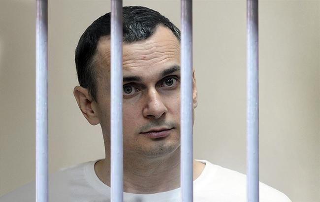 «Берут в заложники людей, чтобы потом обменивать их на что-то» Российский политик встал на защиту Сенцова
