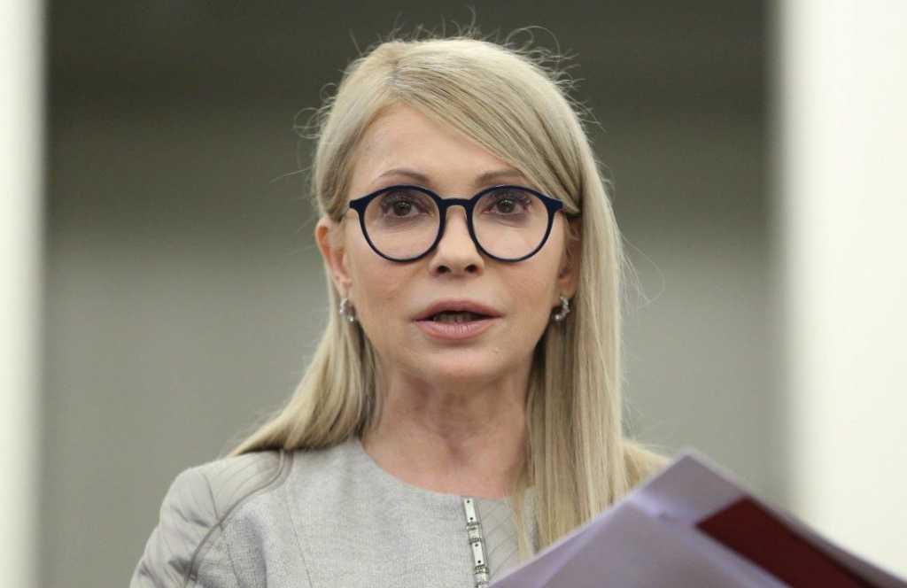 Медведчук обратился к Тимошенко из Савченко: вот что он ей предложил