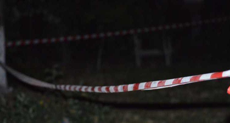 Мама умоляла не делать этого: в Мариуполе школьница выбросилась 14-этажного дома после ссоры с родителями