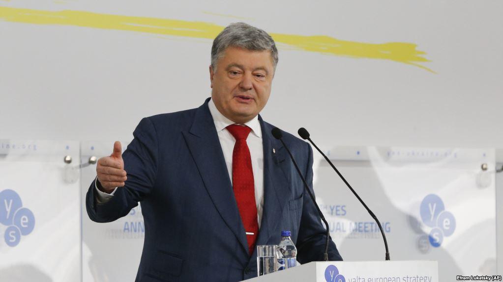 Его здесь не будет уже в середине октября: Порошенко готовит громкую отставку
