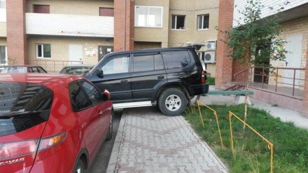 Любителей неправильно парковаться накажут по-новому, что нужно знать водителям