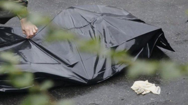 Умерла при загадочных обстоятельствах: В Харькове на пруду нашли тело молодой женщины