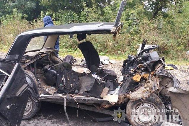 Смертельное ДТП: три человека погибли на месте