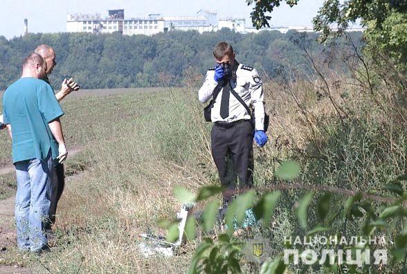 Перерезал горло и оставил умирать: На окружной Киева нашли тело женщины, которую убил собственный соловик