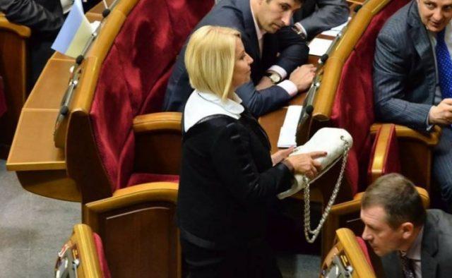 А они защищают ее никчемную жизнь: Герман жестоко унизила украинских героев