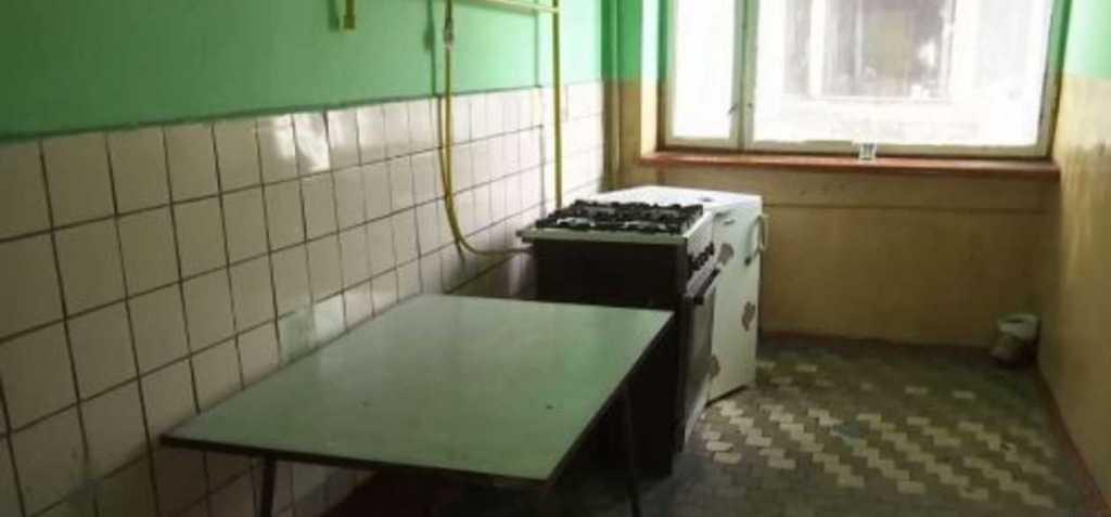 «Ободранные стены, неисправный душ»: Во Львове студента выселили из общежития за жалобы
