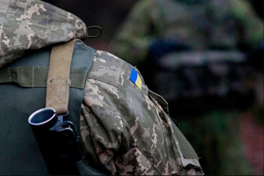 Одним выстрелом себе в голову: на территории Минобороны застрелился военнослужащий