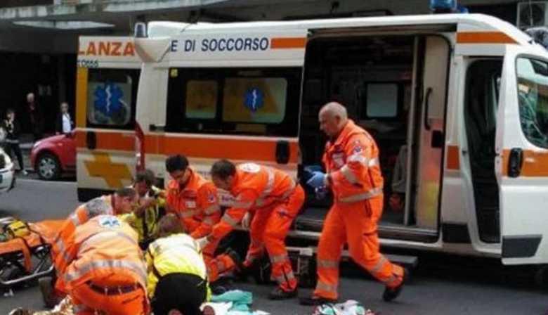 Семейный отдых обернулся трагедией: Автомобиль на скорости врезался в группу пешеходов