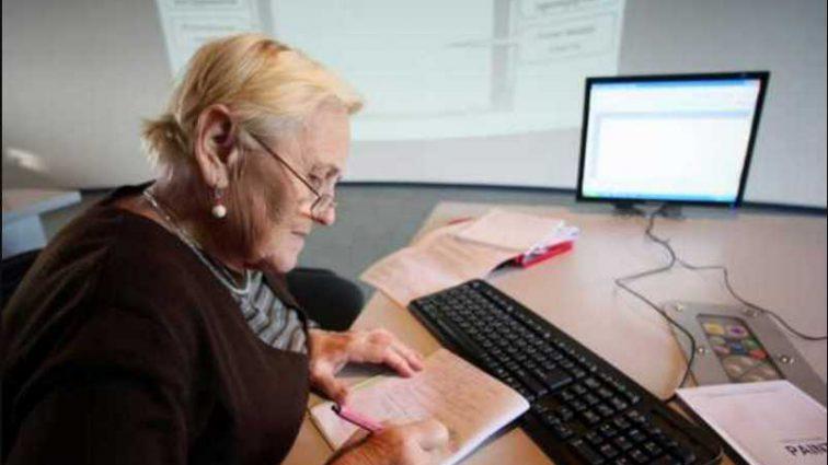 Остаться без пенсий в 60: кому из украинцев грозит такое будущее и сколько придется заплатить
