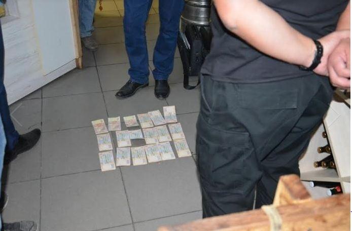 На взятке задержан один из руководителей патрульной полиции Ивано-Франковска