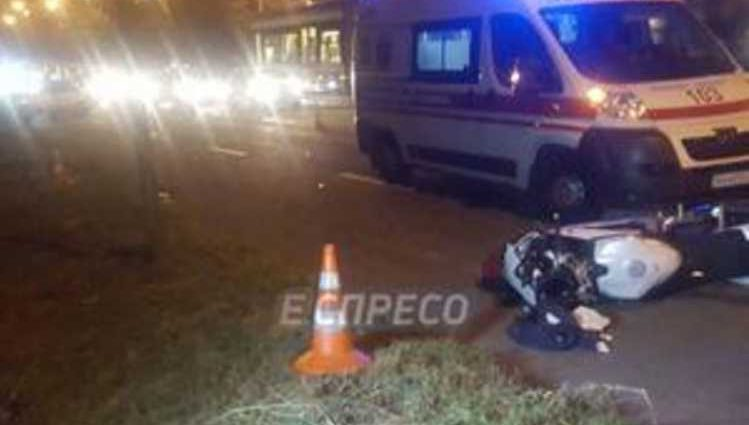 Она появилась совершенно неожиданно: в столице мотоциклист насмерть сбил женщину и скрылся с места ДТП