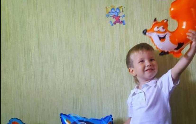 Для родителей это неподъемная сумма: срочной помощи нуждается 3-летний Ярослав