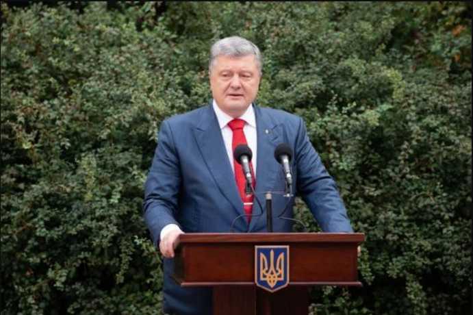 «Нынешние школьники будут жить в Украине в составе Евросоюза»: Порошенко сделал важное заявление