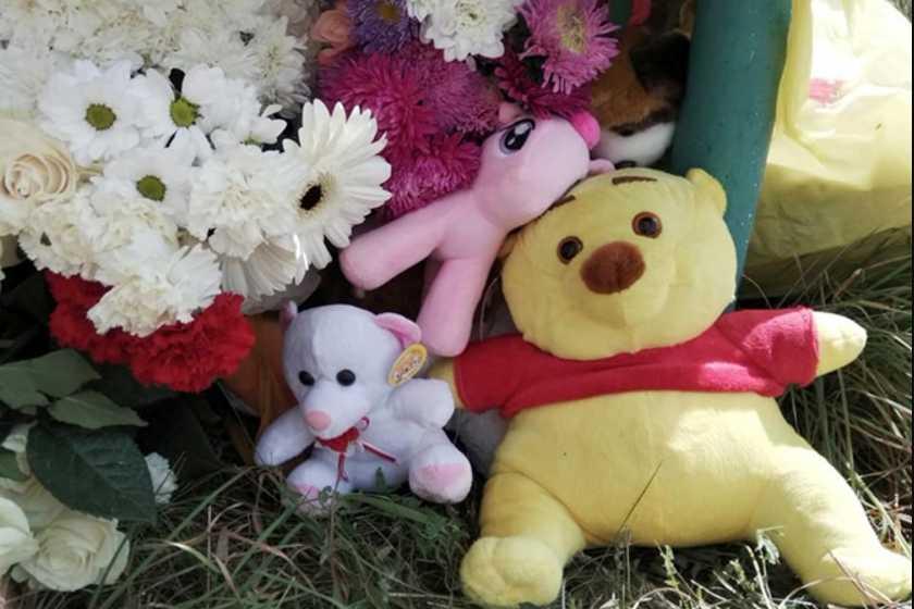 «Мать привели под конвоем» В Желтых Водах похоронили 4-летнюю девочку, которую до смерти избил отчим