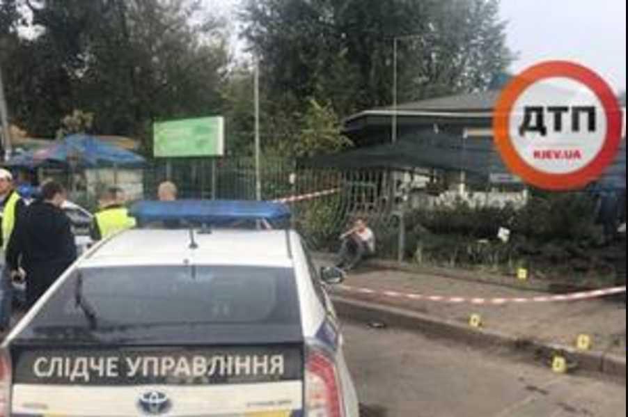 Женщина погибла мгновенно: смертельное ДТП в Киеве, виновник попытался скрыться
