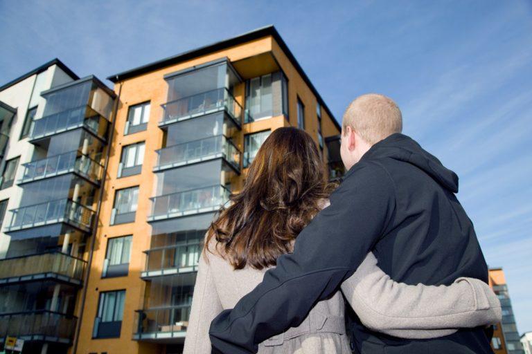 Украинцев заставят покупать жилье по-новому: что будет с ценами и как будет работать нововведение