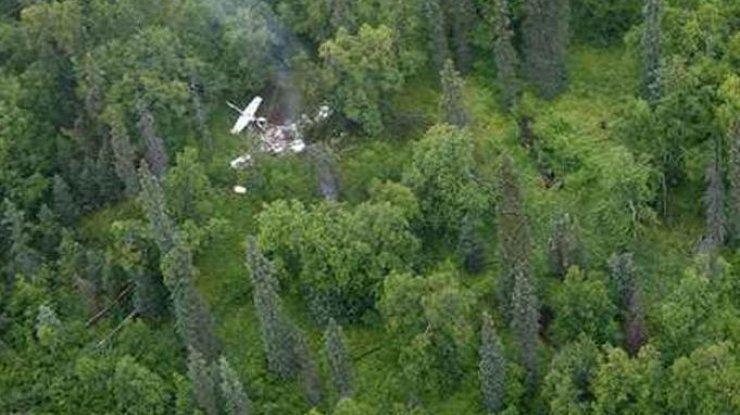 На популярном курорте произошла страшная авиакатастрофа: первые подробности