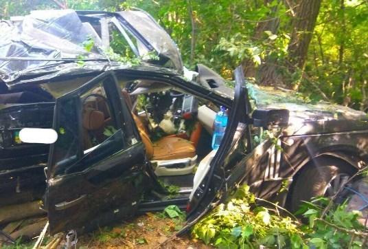 Ехал 200 км/ч: под Черниговом внедорожник попал жуткое ДТП
