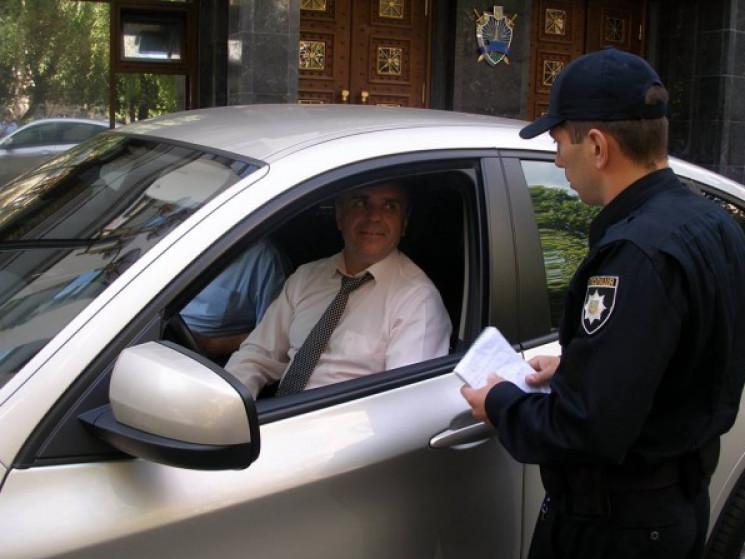Большие штрафы за малейшее нарушение: что ждет украинских водителей уже в конце месяца