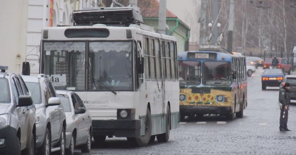 По всей Украине подорожал проезд в общественном транспорте: где и сколько заплатят граждане