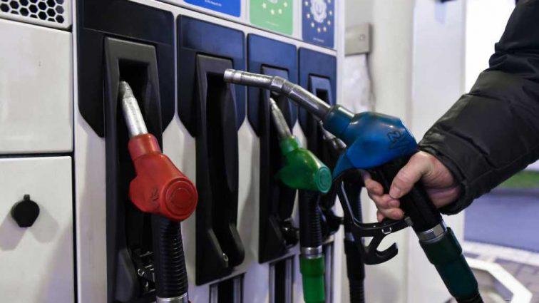 Бензин по 40 гривен: когда украинцам ждать нового удара