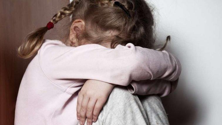 Все тело в гематомах: В Полтаве тренер жестоко избила 8-летнюю девочку