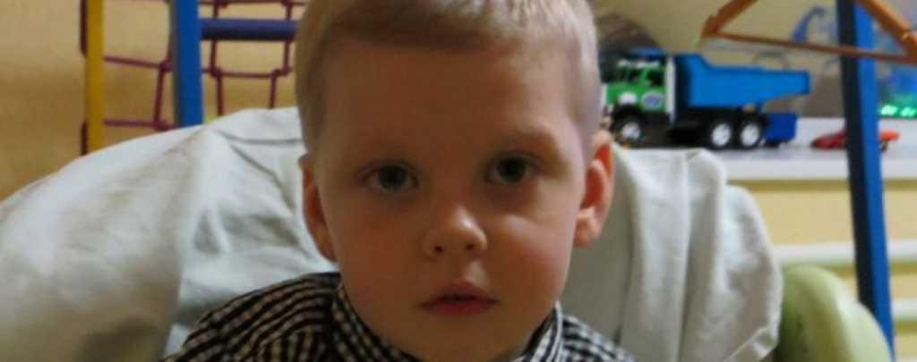 Тяжелая болезнь превратила жизнь мальчика на муки: Прохор нуждается в вашей помощи