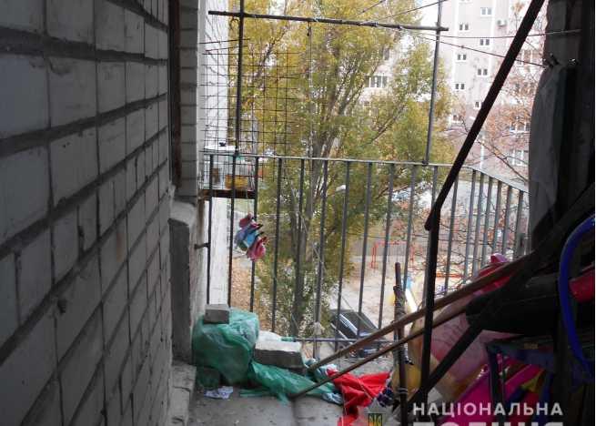 В Харькове школьница закончила жизнь самоубийством: жуткие подробности трагедии