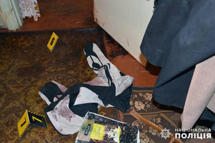 Тело 2 месяца пролежало в квартире: На Хмельнитчине молодая женщина убила сожителя своей умершей матери