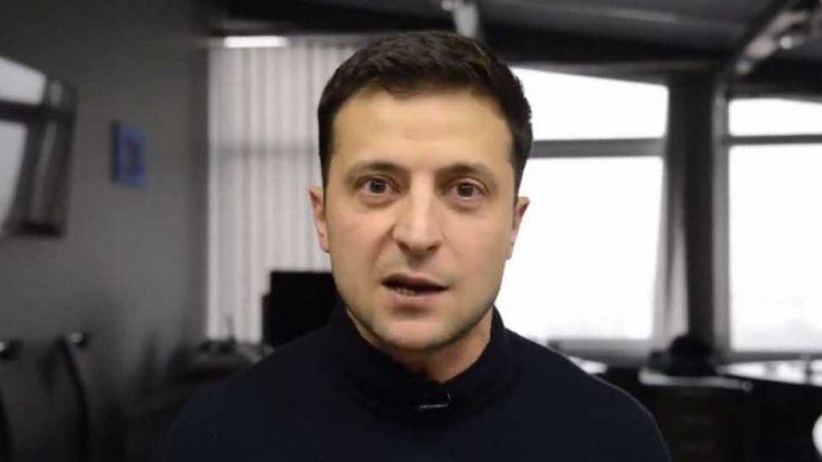 «Идите в …»: Флешмоб Зеленского против политиков набирает популярности
