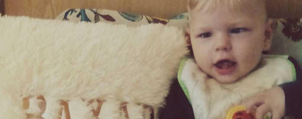 Хочет быть как все детки: Маленькому Захарчику нужна ваша помощь