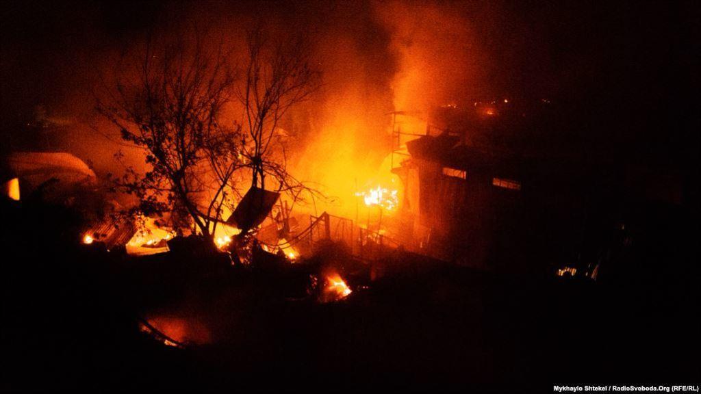 Уничтожила 16 домов: в Одессе произошел масштабный пожар, первые подробности
